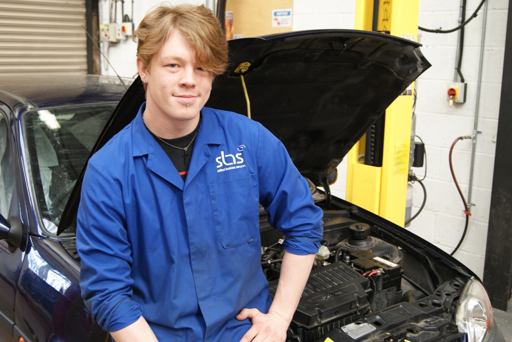 Award Winning Motor Vehicle Apprentice Warren Trueman