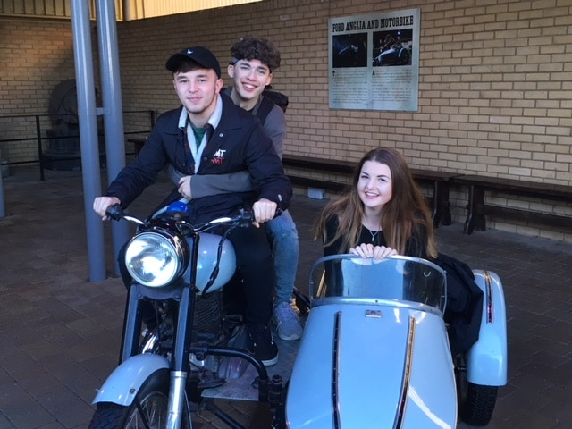 students in haagrid's motorbike at the Harry Potter Studios